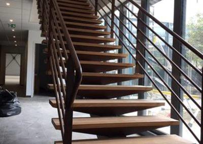 Escalier et Garde Corps Teinte/Aspect Rouille